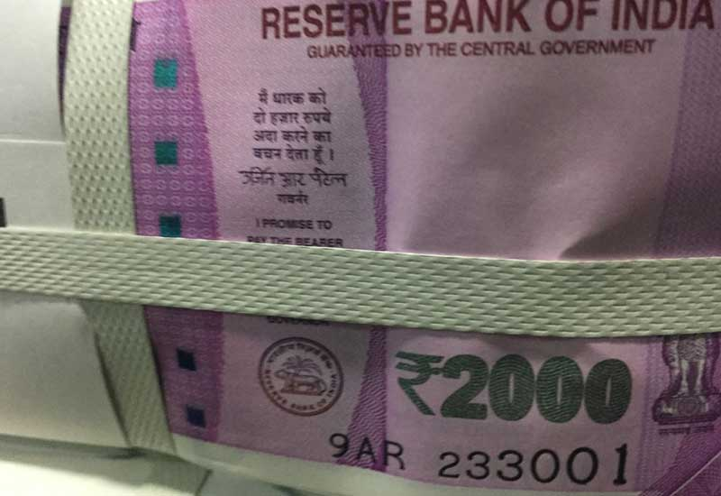 PM Modi says Rs 500, Rs 1000 No Longer starting midnight November 8