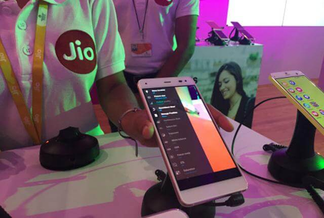 Reliance Jio to launch Rs 1000 LYF phone