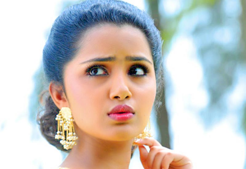 Anupama Parameshwaran to romance with Mega Powerstar Ram Charan