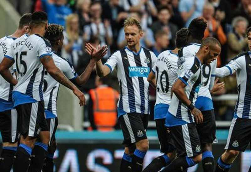 Newcastle United miss chance to move four points clear