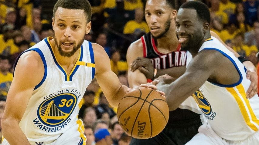 Warriors sweep away Trail Blazers in rout
