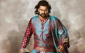 Rajamouli's Special Gift to the lead Prabhas