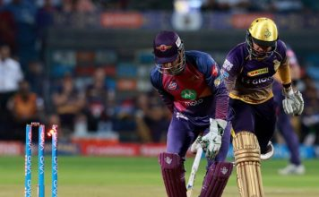 Super Cool MS Dhoni's another special RUN OUT behind Sunil Narine's Stumps