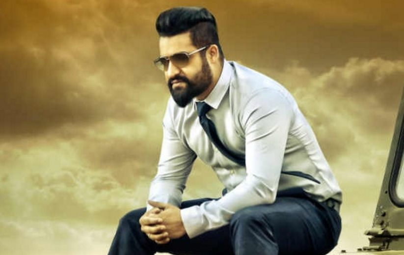 This is Bigg: Jr. NTR Beats Chiranjeevi!