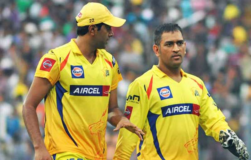 Fans Back MS Dhoni to Lead Chennai Super Kings Again!