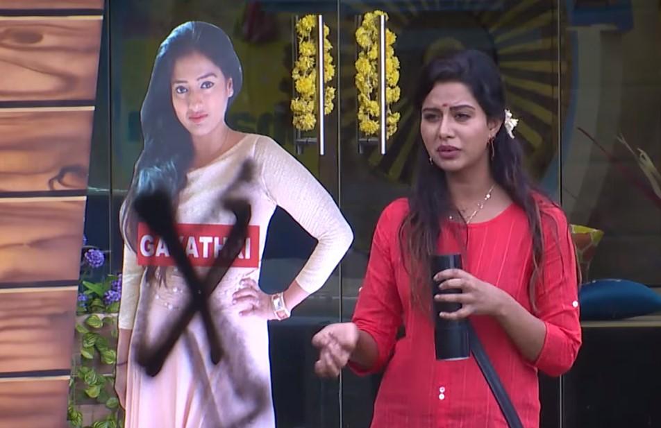 Bigg Boss Tamil - Raiza and Gayathri in the nomination