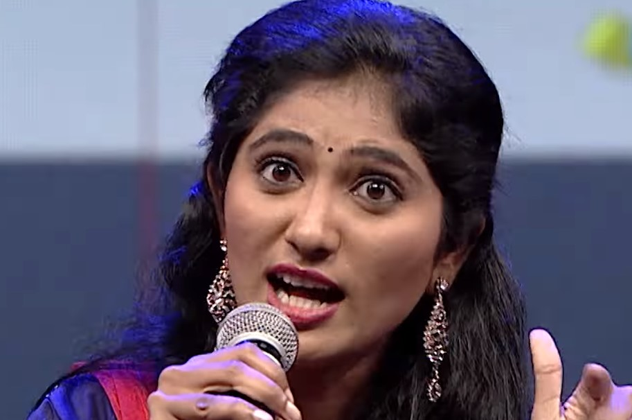 Julie returns to Vijay TV again after Bigg Boss Tamil