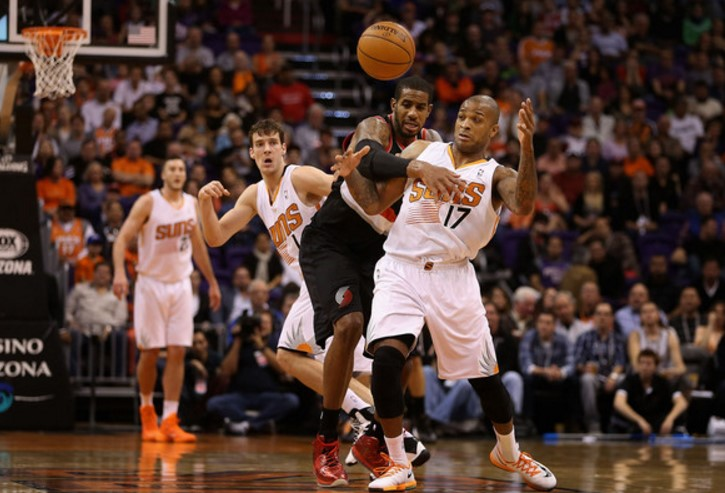 Suns edge Blazers in preseason opener behind Warren's 23 points